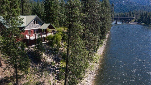 St Regis - Clark Fork River Lodge, casa vacanza a Plains