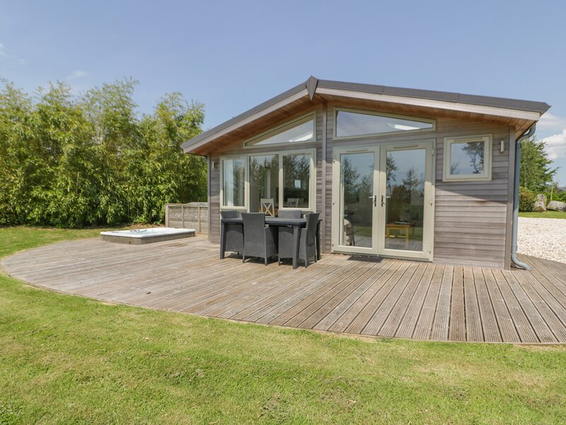 Nursery Lodge, 5 Horizon View, Dobwalls, holiday rental in Doublebois