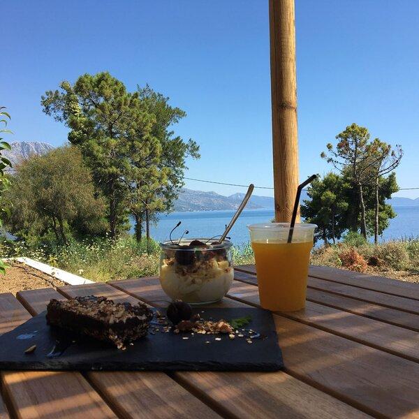 Arion Seaside Suites Studio 1, vacation rental in Palairos