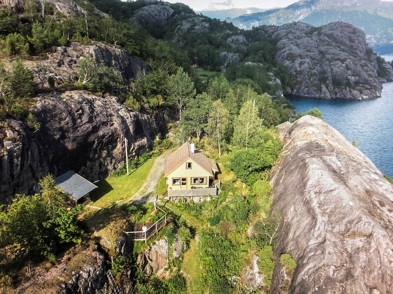 Åkrafjorden (FJH340), casa vacanza a Kvinnherad Municipality