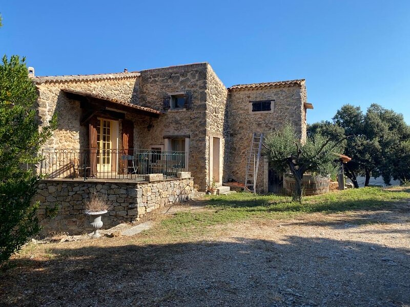 Domaine Piqueroque - Rare opportunity to holiday on award winning vinyard, holiday rental in Cabasse
