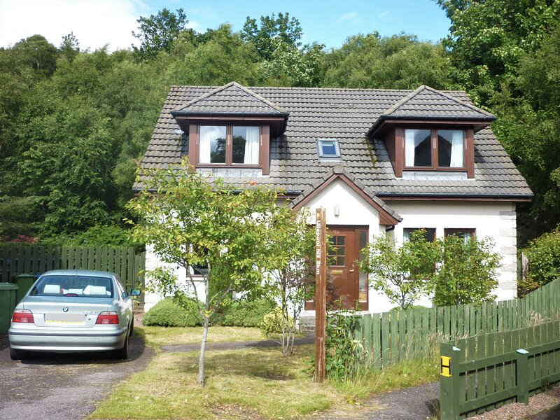 Superb Holiday House in Ullapool, location de vacances à Little Loch Broom