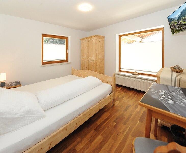 Chalet Gloria - Doppelzimmer 'Areit', casa vacanza a Fusch