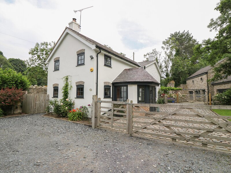 Bawbee Cottage, Bodfari, holiday rental in Caerwys