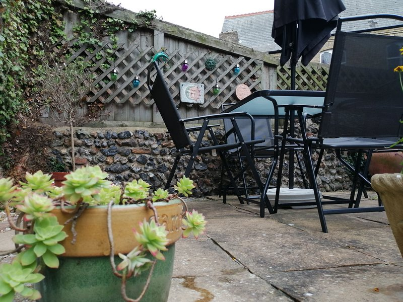Courtyard Apartment, vacation rental in Broadstairs
