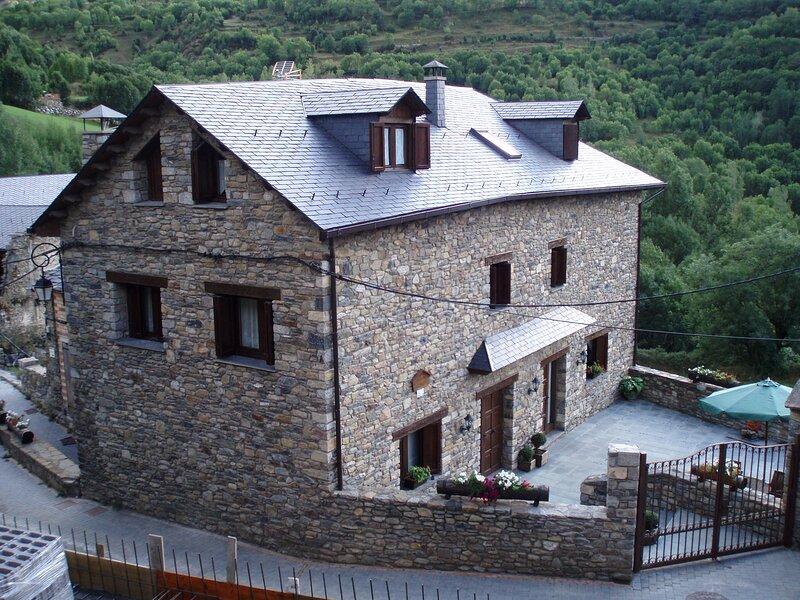 Casa Xanet Durro, location de vacances à La Torre de Cabdella