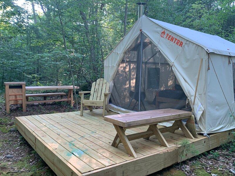 Tentrr Signature - Glen Falls House Resort   Babbling Brook, casa vacanza a Haines Falls