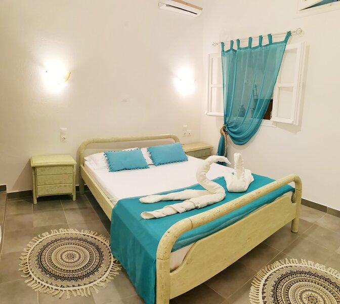 cosy place Pool&Beach, location de vacances à Vlychada