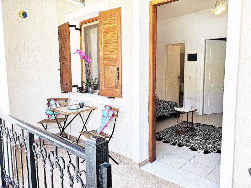 Traditional Villa Beach, vacation rental in Perissa