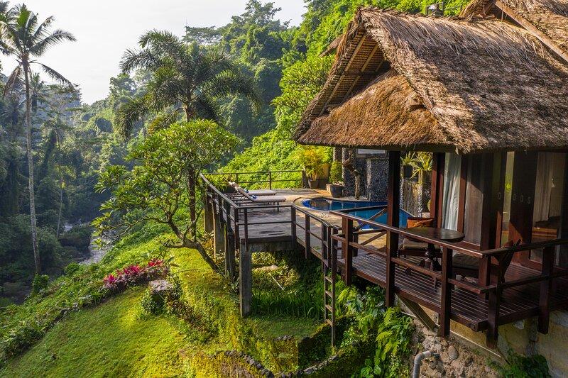 Villa Cella Bella - Private River Villa, holiday rental in Bedulu
