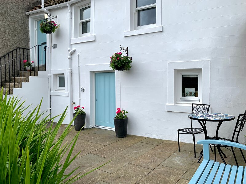 Kirkgate Cottage - Romantic Boutique Bolthole, vacation rental in Pittenweem