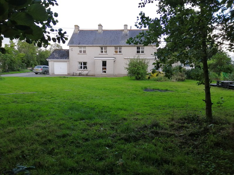 Lisieux House on Lough Neagh, holiday rental in Portadown