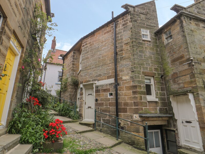 Oakridge Cottage, Robin Hood's Bay, holiday rental in Robin Hood's Bay