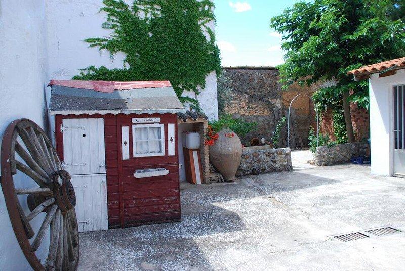Casa Rural, La Casita de Alejandra, holiday rental in Fuentelespino de Haro
