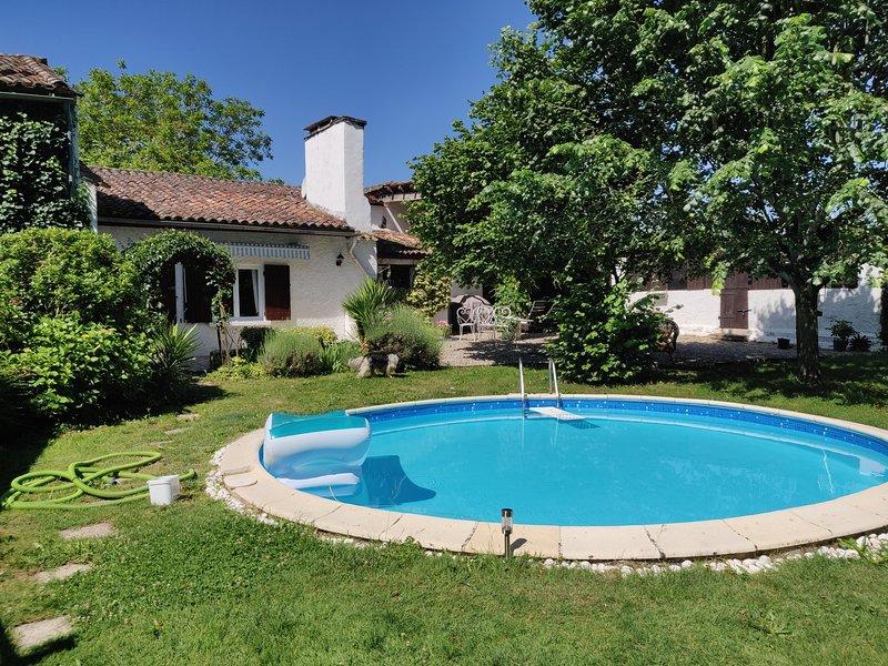 Gite Pola, holiday rental in Castelmoron-sur-Lot