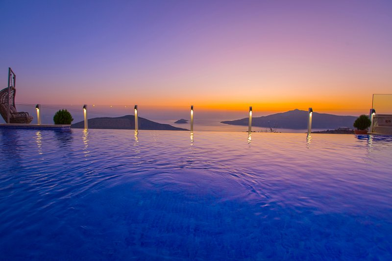Villa Supreme 2   Sauna   TurkishBath   Jacuzzi   Heated Indoor Pool   Kids Pool, holiday rental in Kalkan