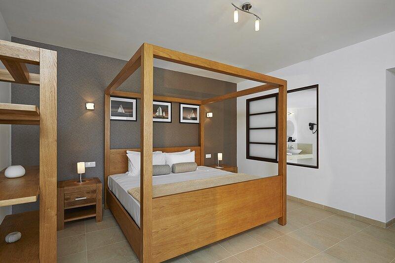 Cape Verde Holidays Deluxe Penthouse on Dunas Beach Resort & Spa, location de vacances à Espargos