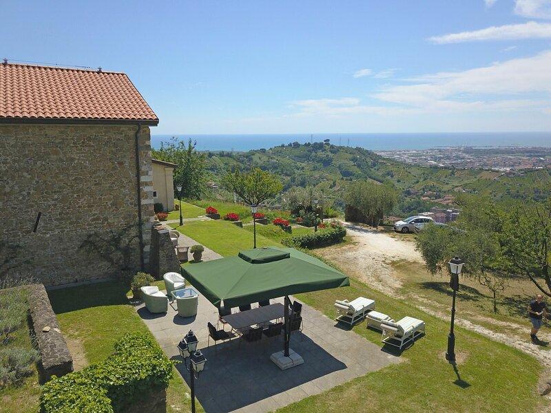 Perle, holiday rental in Carrara