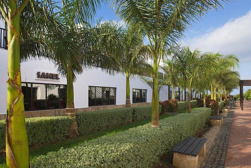 Cape Verde Holidays Premier Apartment 1 Bedroom on Dunas Beach Resort & Spa, location de vacances à Espargos