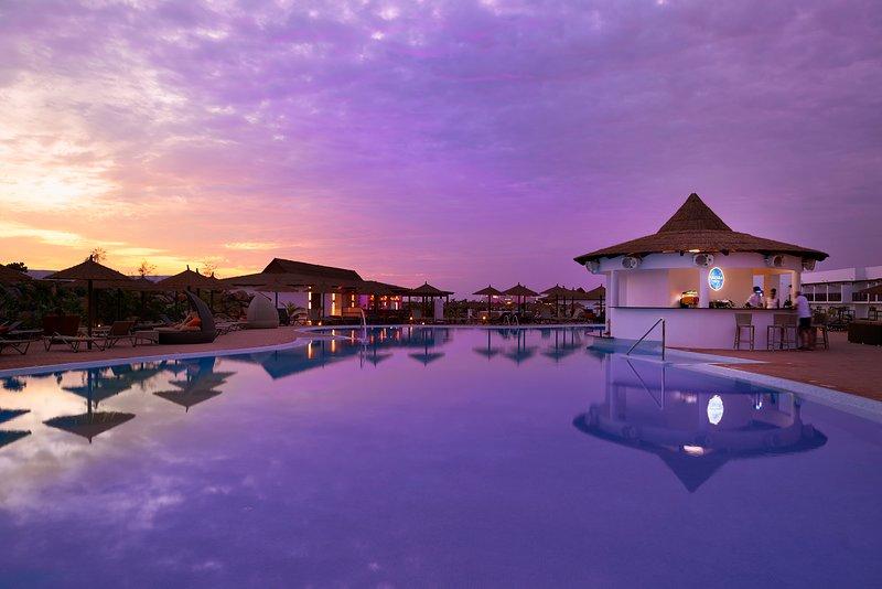 Cape Verde Holidays Executive Suite on Llana Beach Resort & Spa, location de vacances à Espargos
