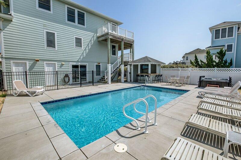 Bella Vista | 425 ft from the beach | Private Pool, Hot Tub | Duck, alquiler de vacaciones en Duck