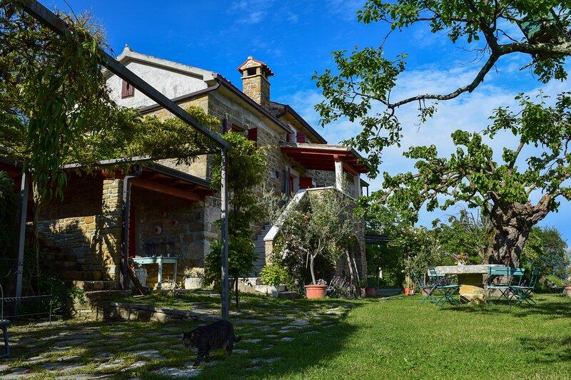 Casa Marsic, holiday rental in Vizintini Vrhi