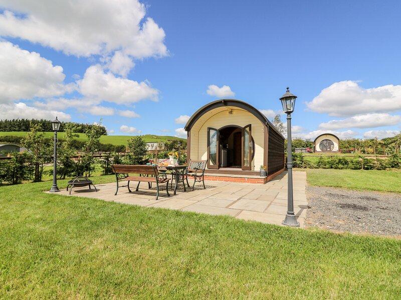 MEADOWS VIEW, WIFI, open plan living, hot tub, Ref. 963226, aluguéis de temporada em Abbeycwmhir