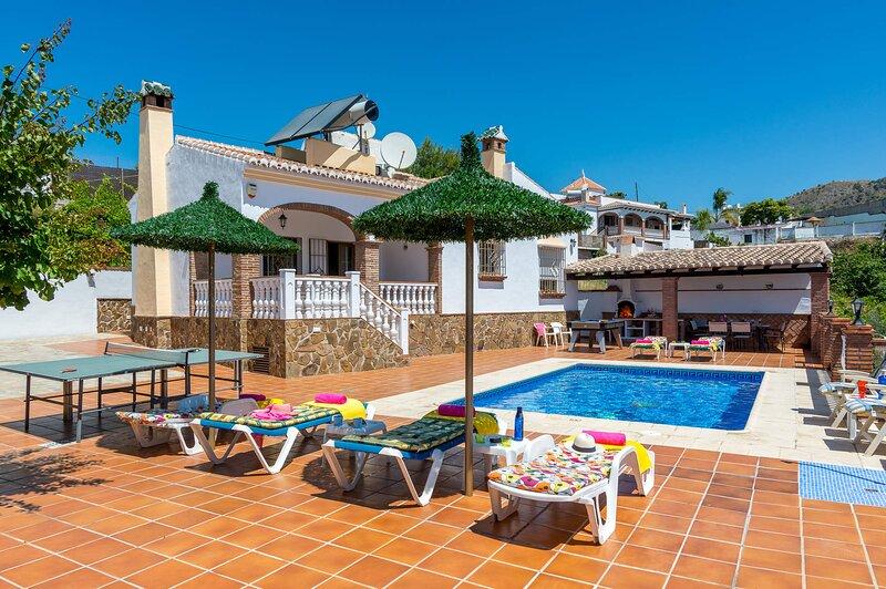 Villa Tres Olivos, holiday rental in Frigiliana
