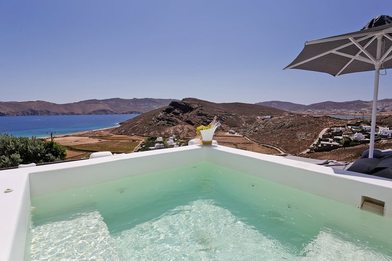 Villa Deluxcasa, location de vacances à Panormos