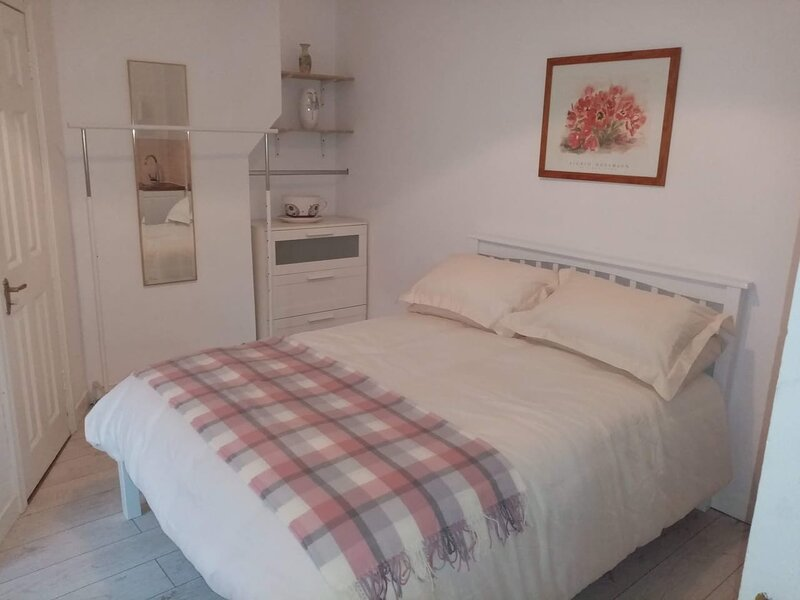 Self catering studio's near Dublin city center, holiday rental in Skerries