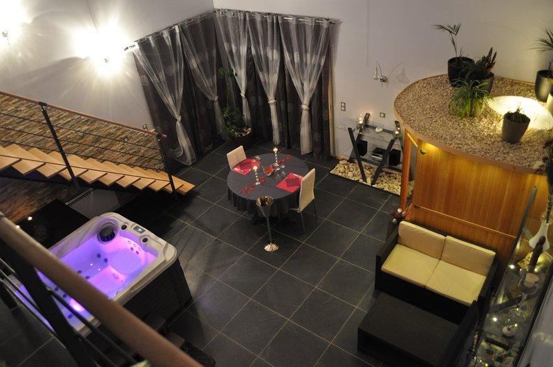 La villa des délices, holiday rental in Saint-Privat-des-Vieux