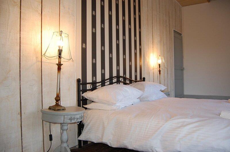 5* riverside location, aluguéis de temporada em Charme