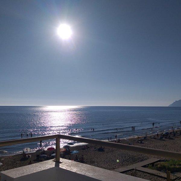 Nereides Beachfront House with apartment rentals in Agios Gordios, holiday rental in Pentati