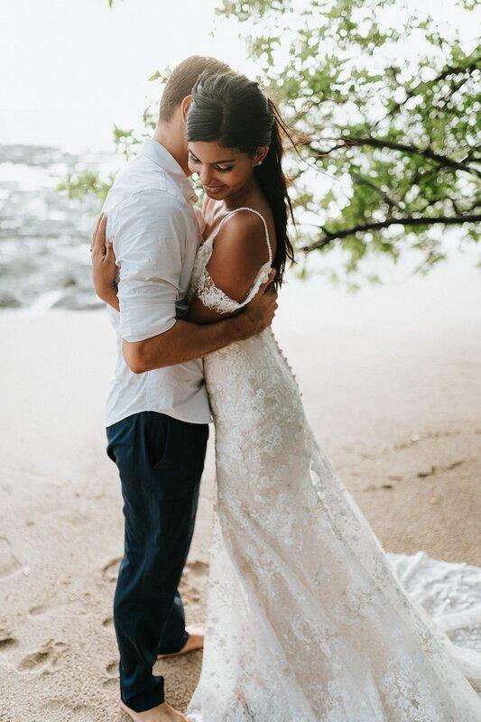 Wedding photo shoot in Casa Costa Blanca's backyard, the beach