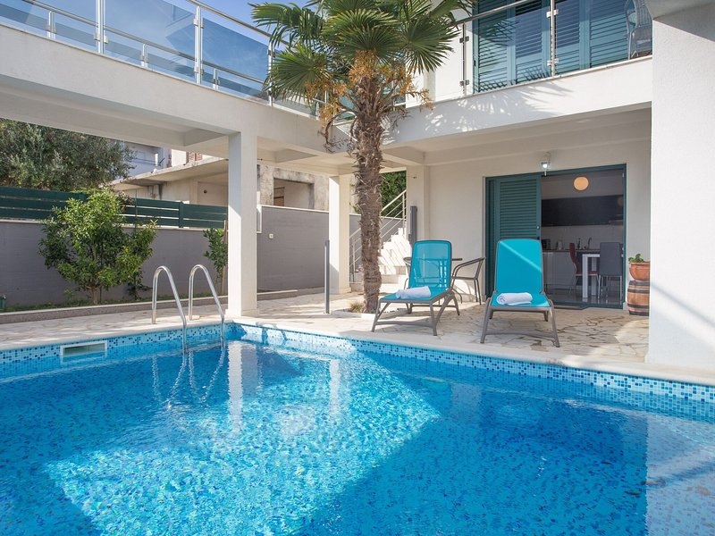Villa Santa Maria, holiday rental in Kastel Stafilic