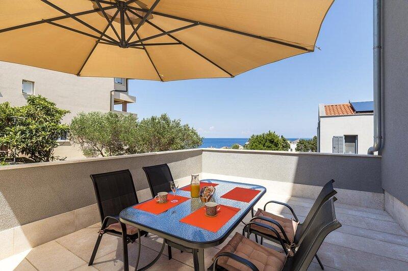 Mali Losinj Apartment Sleeps 3 with Air Con - 5861849, holiday rental in Veli Lošinj