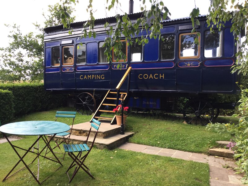 High Cross Camping Coach, holiday rental in Shave Cross