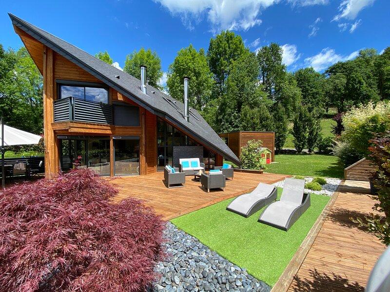 Casa en la montaña, cerca de Lourdes, vacation rental in Juncalas