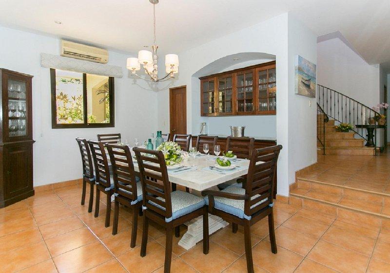 Luxury Golf-course Villa, holiday rental in Playa Prieta