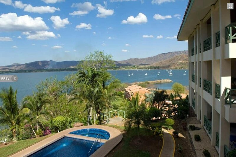 1BR with Ocean Views - Ideal for couples, holiday rental in Playa Prieta