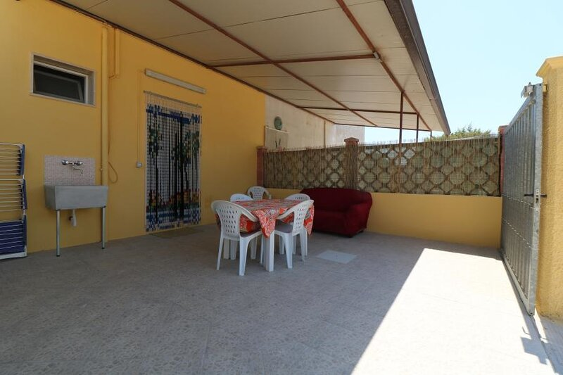 White sand beach holiday house in Torre Lapillo, vacation rental in Torre Lapillo