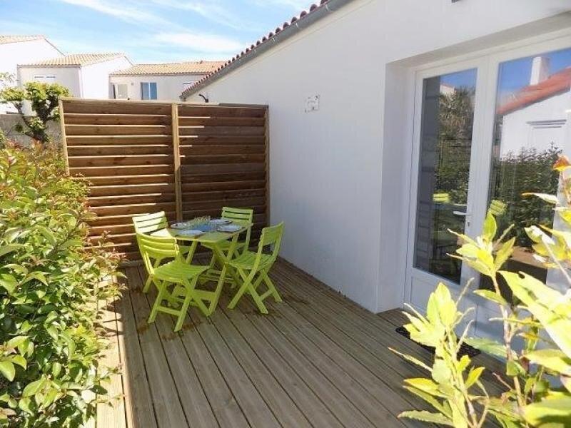 SAINT PALAIS SUR MER - STUDIO NEUF MITOYEN - LE TOUT A PIED, vacation rental in Saint-Palais-sur-Mer
