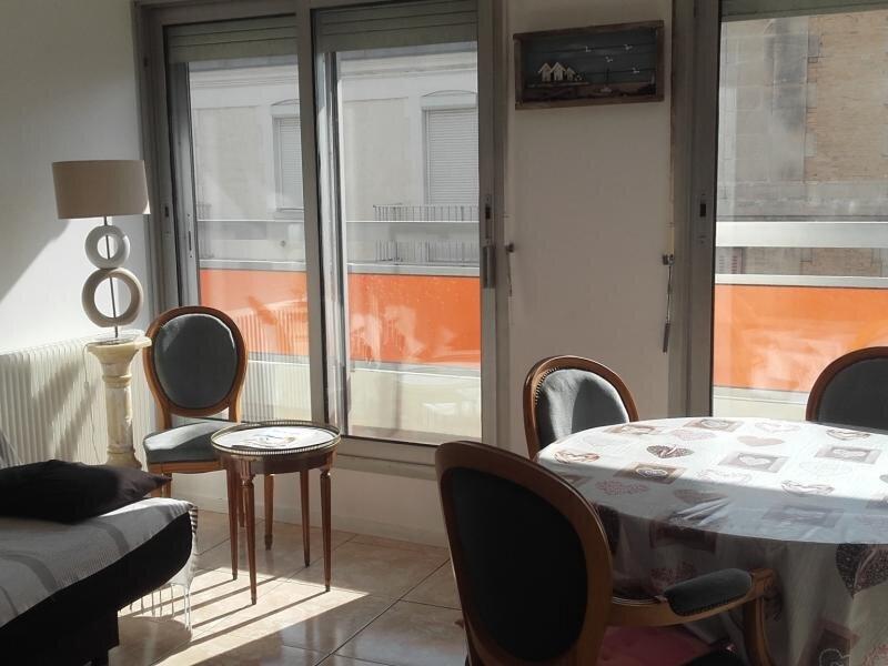 ARCACHON - AU COEUR DU CENTRE VILLE - PROCHE DE LA PLAGE, vacation rental in Arcachon