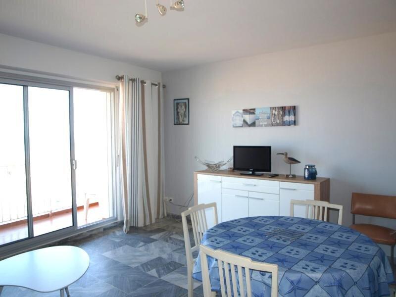 LOCATION APPARTEMENT SAINT JEAN DE MONTS T3 FACE MER AVEC BALCON FACE MER, vacation rental in Saint-Jean-de-Monts