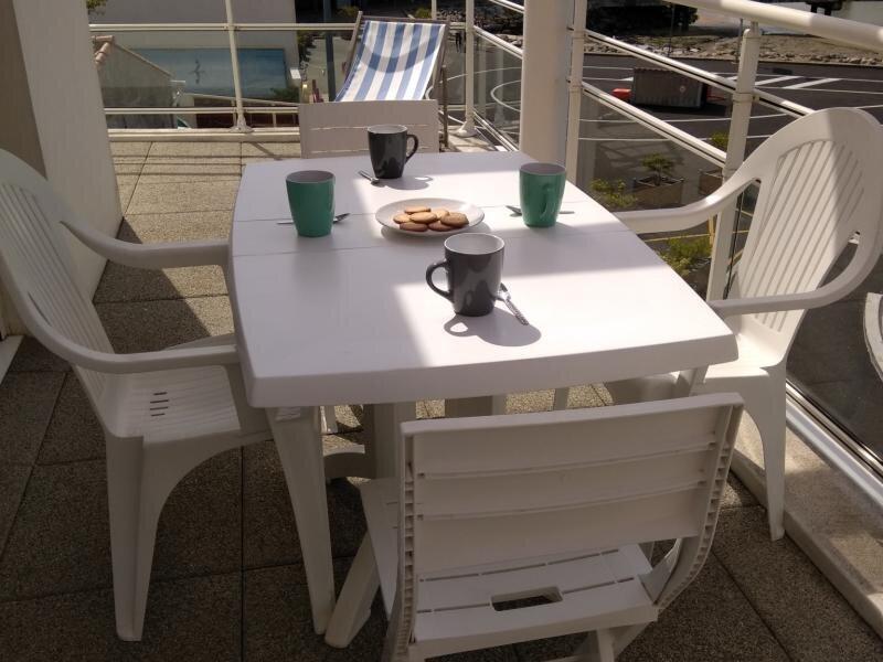 APPARTEMENT TOUT CONFORT FACE MER, location de vacances à Beauvoir-Sur-Mer