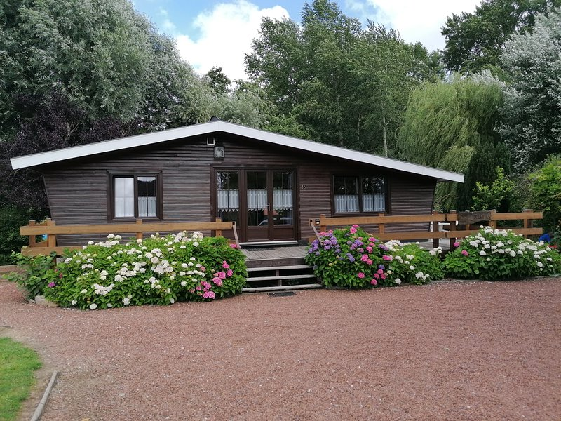 Chalet à la campagne, holiday rental in Vieil-Hesdin