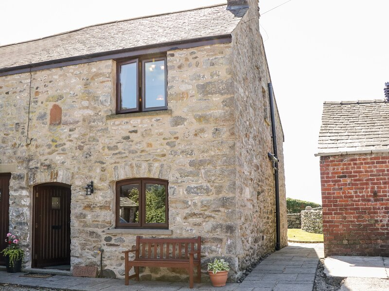 Pipstrelle Cottage, Ulverston, vacation rental in Aldingham