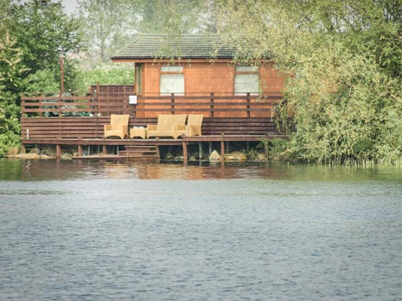 Sundeck Lodge, Tattershall Lakes Country Park, alquiler de vacaciones en Woodhall Spa