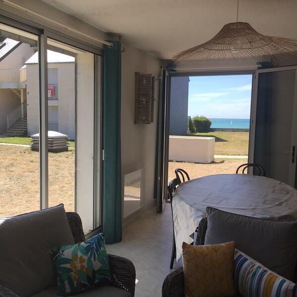 Appartement à 40m de la plage, location de vacances à Champeaux