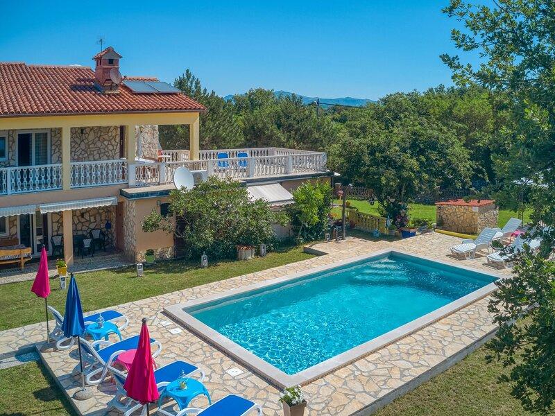 Lola (LBN381), holiday rental in Sveti Bartol